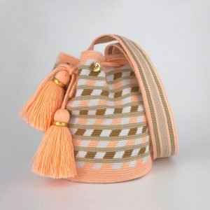 Canasto Medium Patterned Bucket Bag in Peach / Hazelnut / White Aaluna Collections [tag]